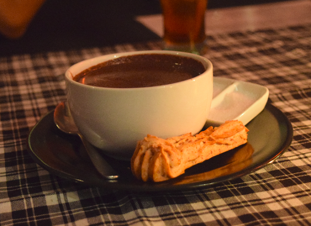 Euphoria Hot Chocolate Banana - Death By Chocolate (DBC) Bogor