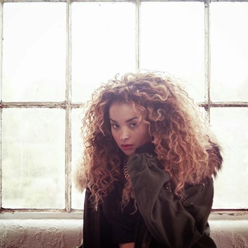 Ella Eyre - Black & Gold