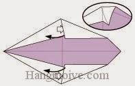 Bước 4: Mở lớp giấy, kéo và gấp lớp giấy sang trái.