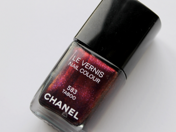 Chanel Le Vernis Nail Colour - 583 Taboo.