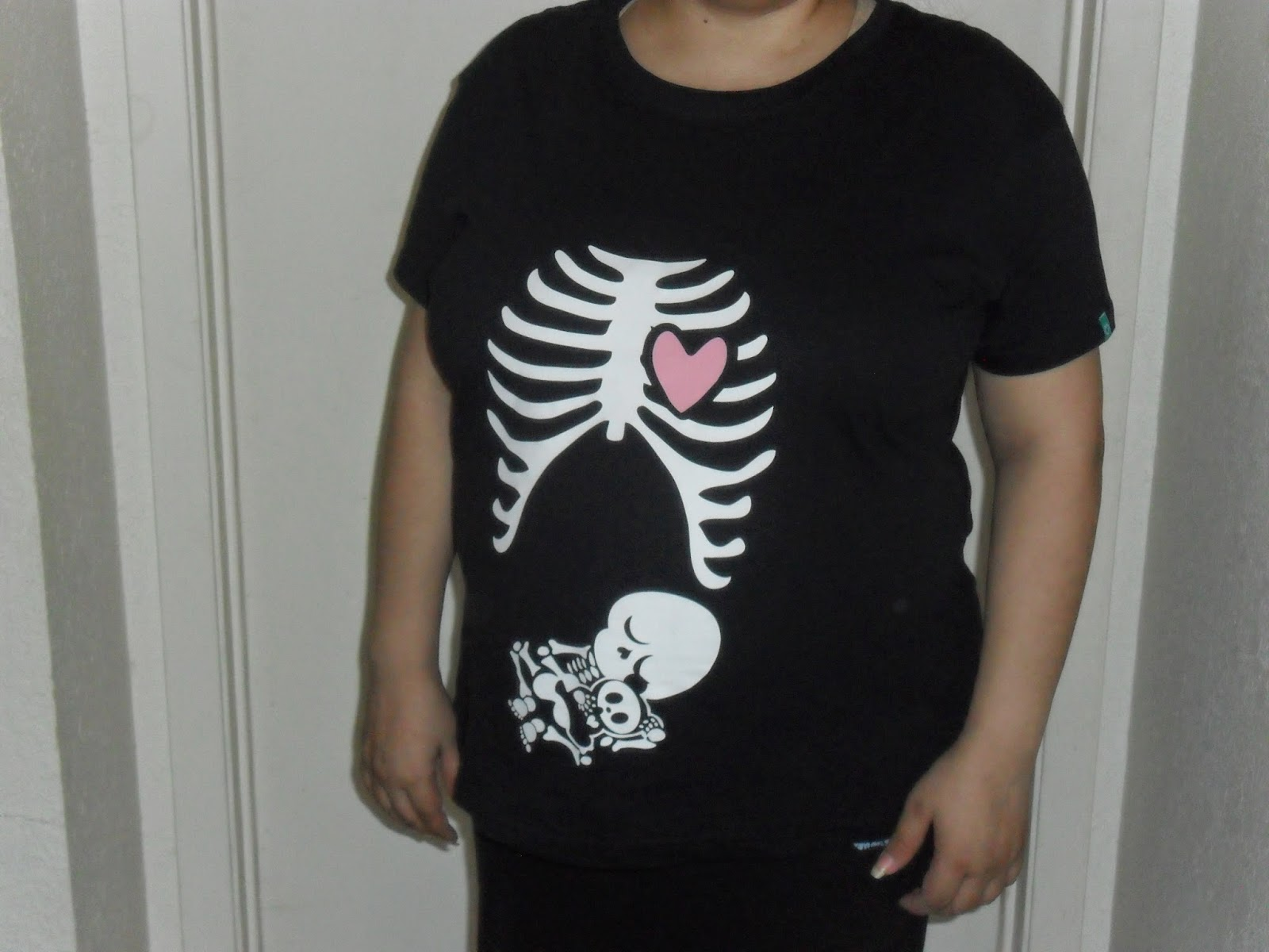 Cute & Preggo. Spread Shirt Review  (Blu me away or Pink of me Event)