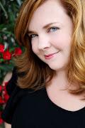 Gretchen McNeil is an opera singer, writer and clown. (gretchen)