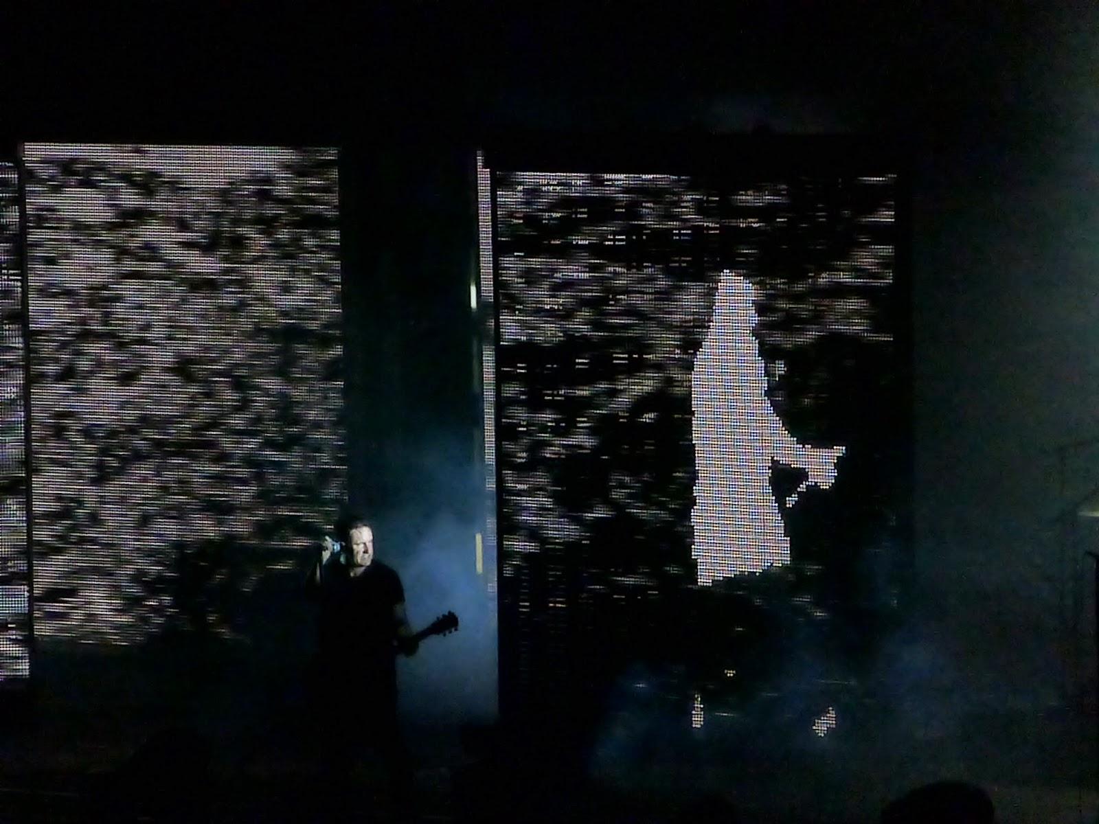 Flora Isadora: Camera Obscura