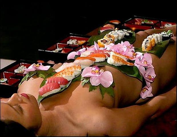 Sushi khỏa thân 11
