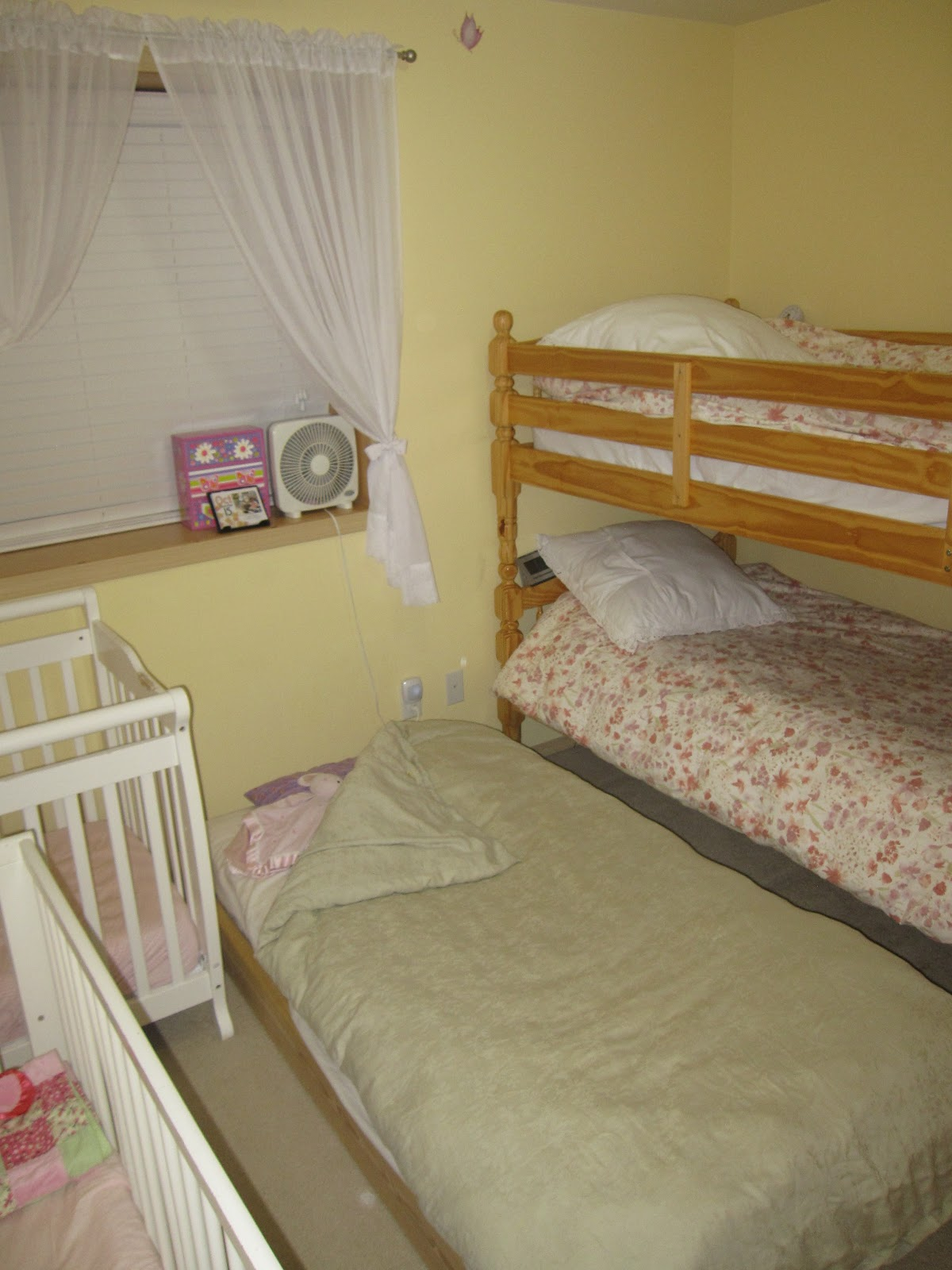 Siblings sharing bedrooms you have how many per room for Bedroom ideas for siblings sharing