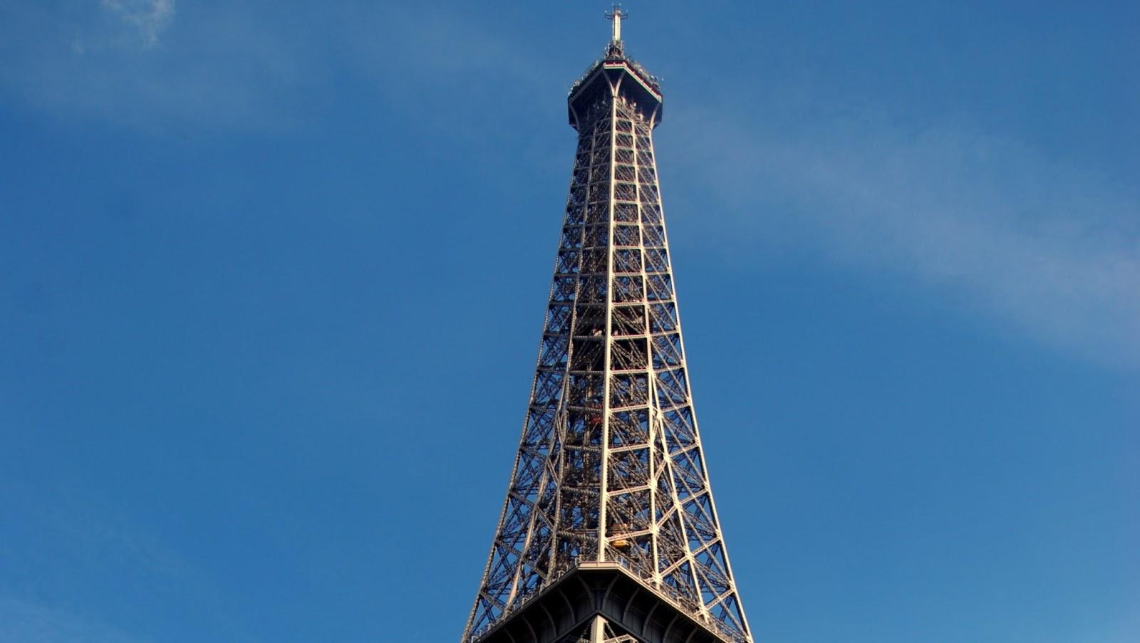 Torre eiffel estructura historia y datos t cnicos for Creador de la torre eiffel
