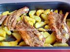 Costita de porc marinata la cuptor preparare - tava scoasa din cuptor