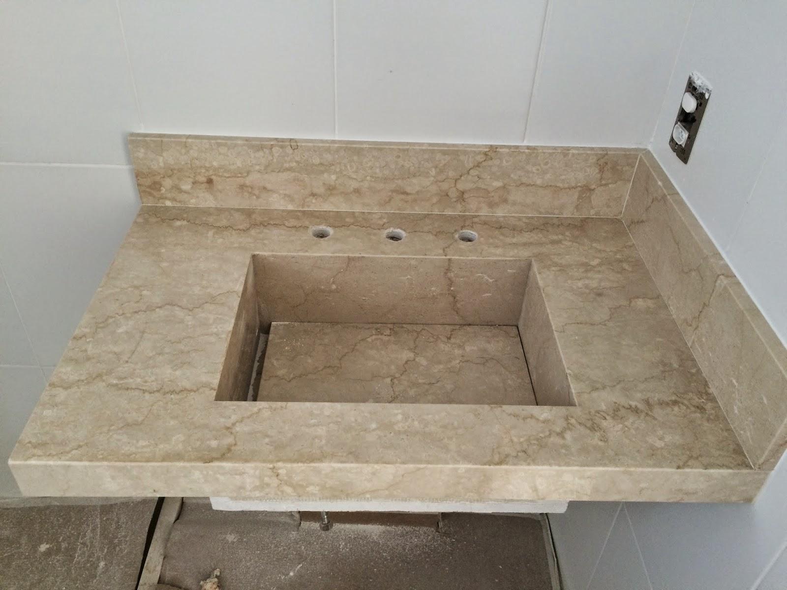 As baguetes do box (tento) e da entrada dobanheiro também são em  #796A52 1600x1200 Bancada Banheiro Profundidade