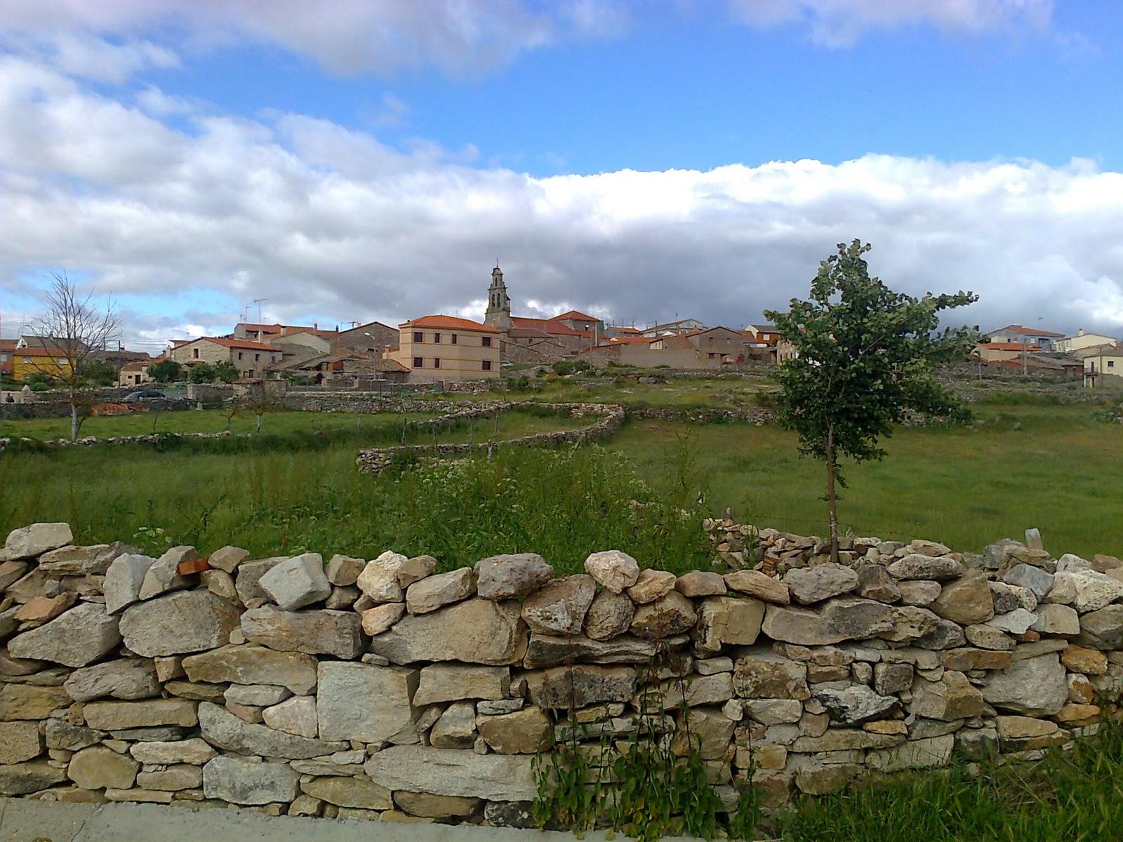 Turismo de interior en verano casa rural el ciruelo rojo villaseco del pan zamora - Requisitos para montar una casa rural ...