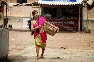 Tamil Actress Sona Heiden Latest Pictures in Half Saree from Sivappu Manidhargal  4