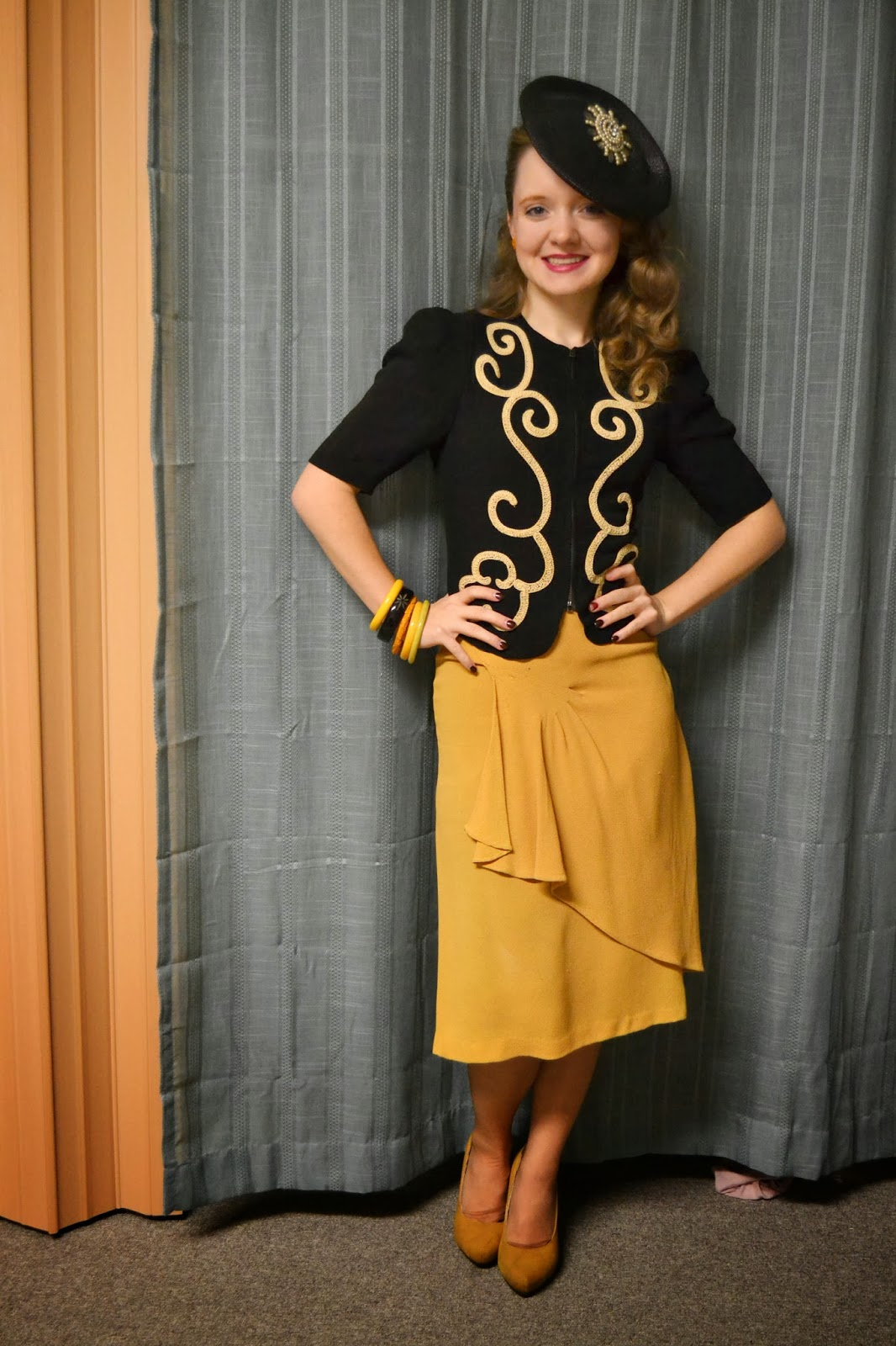 Flashback Summer: Belated Birthday Outfit, Mustard and a Tilt Hat- 1940s vintage, bakelite, suit, dress