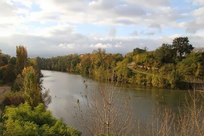 Río Le Tarn (Francia) a su paso por Gaillac. Blog Esteban Capdevila