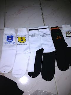 berbagai macam contoh kaos kaki logo sekolah
