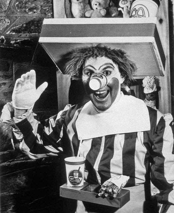 40 Must-See Photos Of The Past - The original Ronald McDonald, 1963