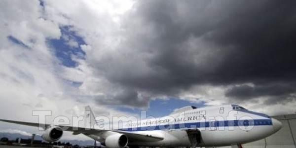 Pesawat Anti Kiamat Barack Obama 2,1 Triliun