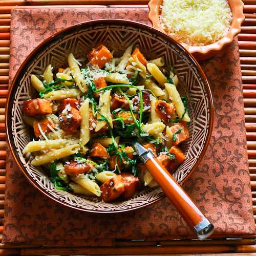 Easy Penne Pasta with Balsamic Sweet Potatoes, Arugula (or Spinach ...