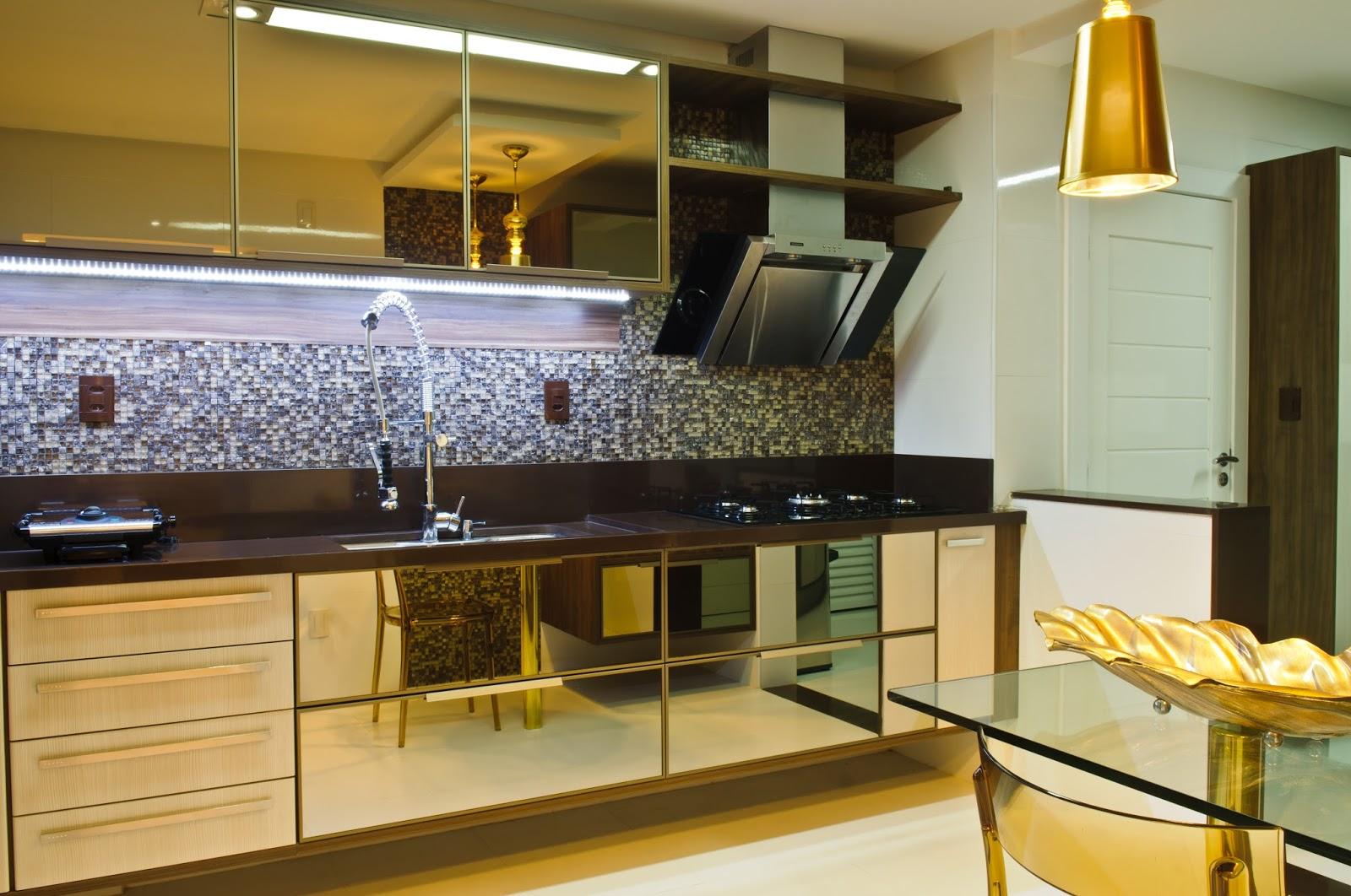 Ana Stella criando : Uma cozinha??? #B1881A 1600x1062 Armario De Banheiro De Vidro Vermelho