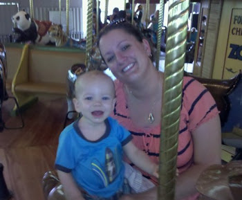 Levi and Mommy at the Fort Wayne Zoo