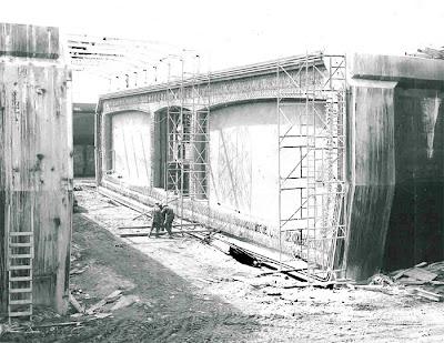 Montr al je me souviens le pont jacques cartier for Construction de tunnel