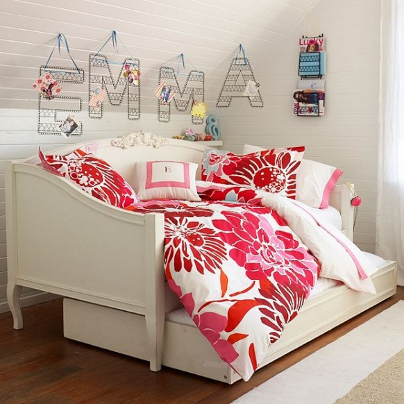Wall Decoration For College : Dorm room decorating ideas bedroom