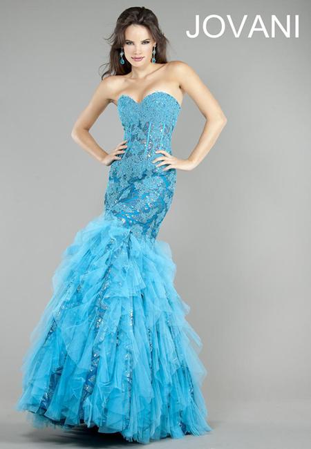 дълга рокля силует русалка