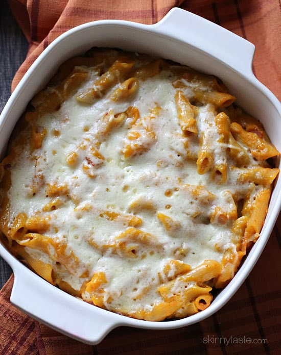 Cheesy Baked Pumpkin Pasta – the dish that got my family to like whole wheat pasta! Made with pumpkin, bacon, shallots, pecorino cheese and a touch of rosemary then topped with mozzarella cheese.