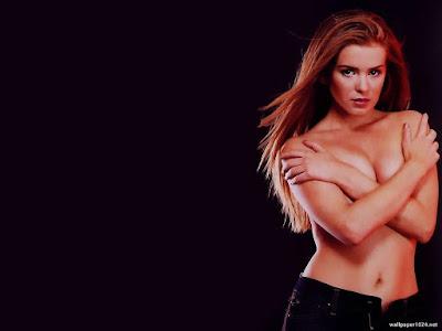 Australian Actress Isla Fisher Topless Wallpaper
