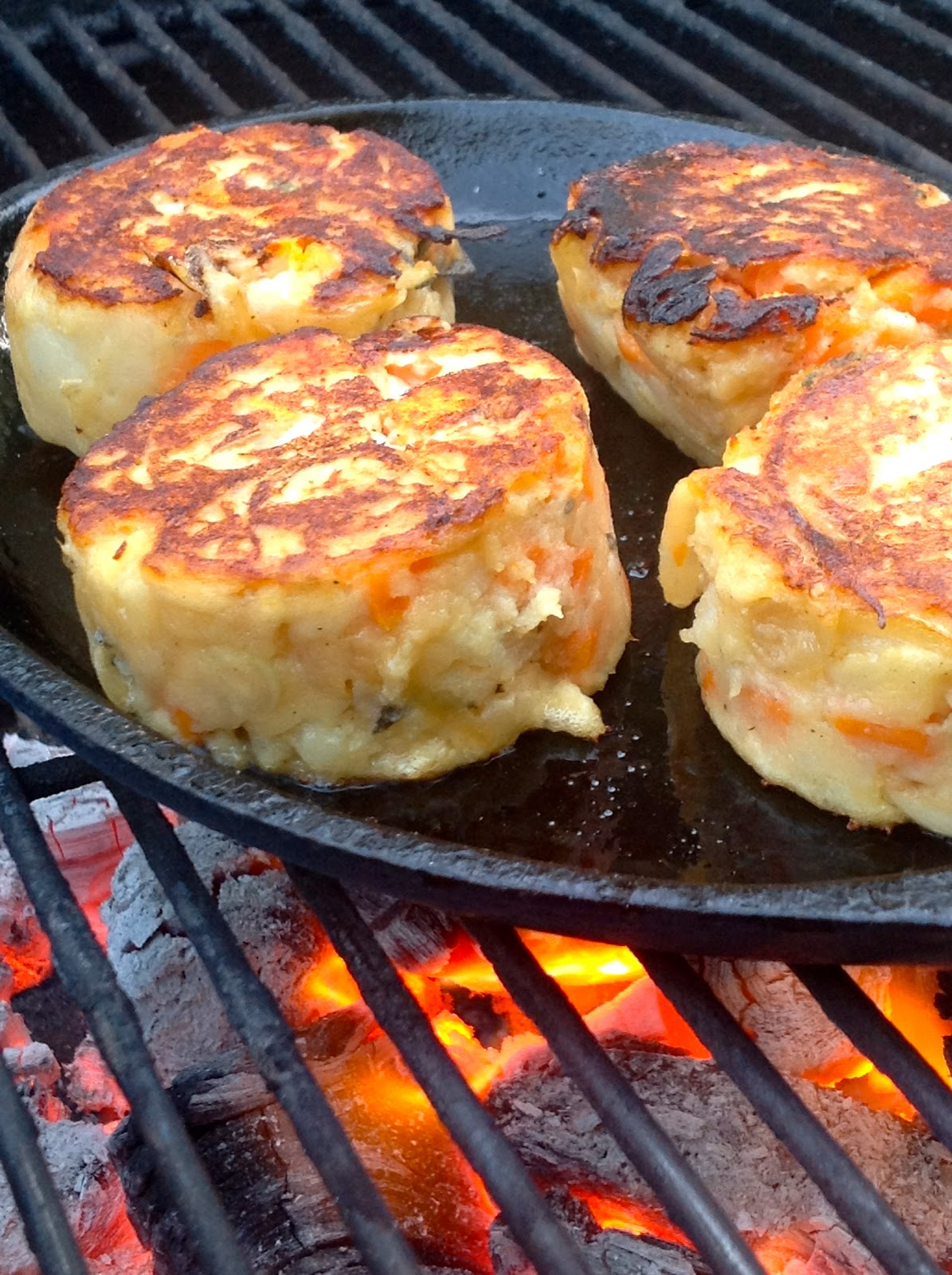 Greg 39 s world on a plate potato cakes for Different ways to cook russet potatoes