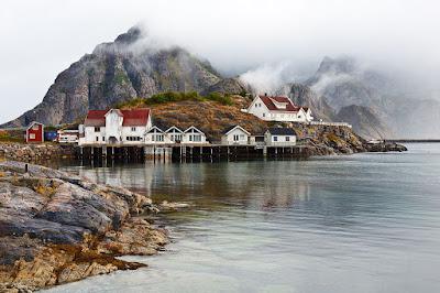 Una hermosa fotografía de Noruega by Fabrizio Fenoglio