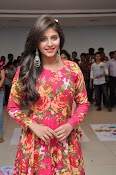 anjali latest glamorous photo gallery-thumbnail-4