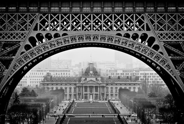 eiffel tower, paris, black and white