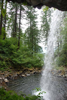 Ponytail Falls - Columbia River