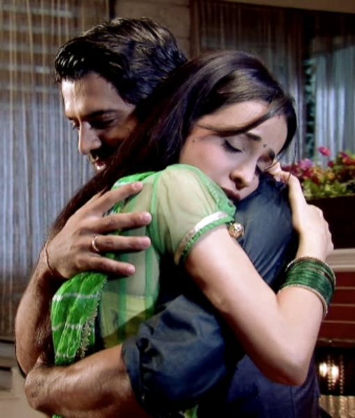 when will arnav and khushi meet the spartans