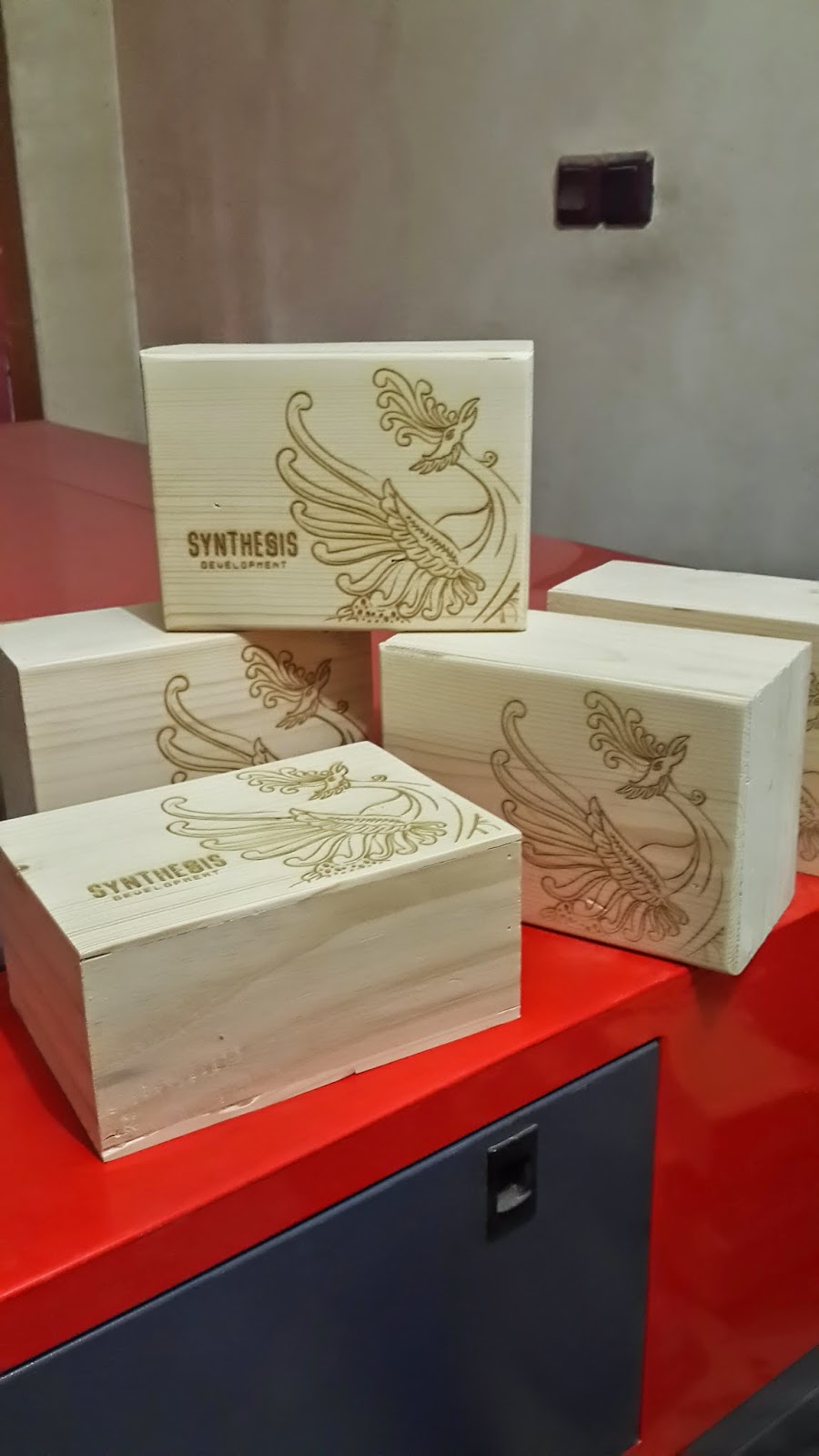 Kotak Laser
