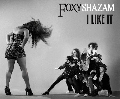 Photo Foxy Shazam - I Like It Picture & Image