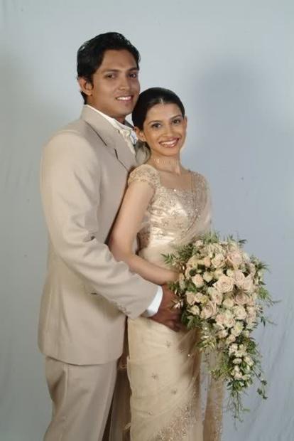 Menaka -Nehara -Virangi and Sulan Kapolla English ... Nehara Peiris And Menaka Rajapaksha Wedding