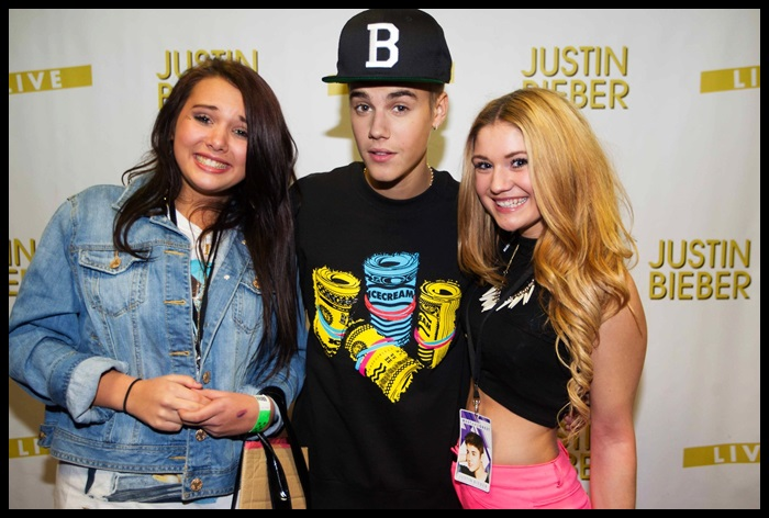 I am fake beliebers justin bieber at birmingham meet greet feb 27 justin bieber at birmingham meet and greet m4hsunfo