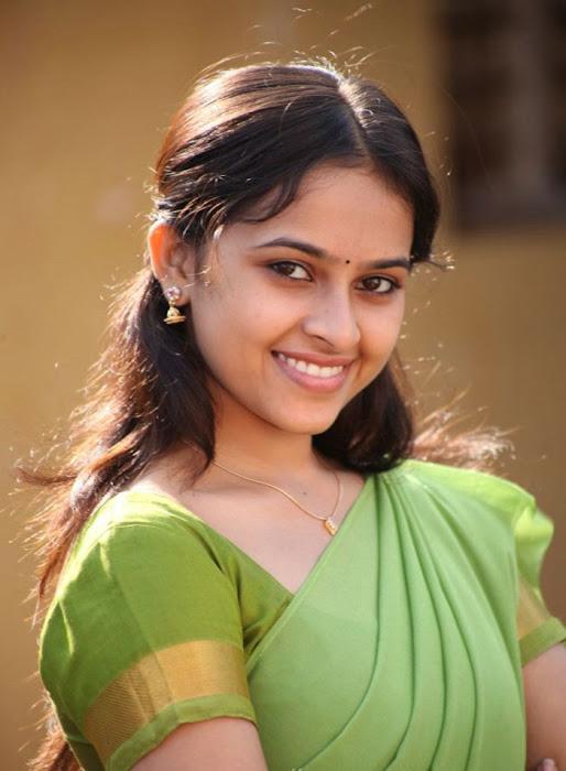 varutha padatha valibar sangam tamil movie photo