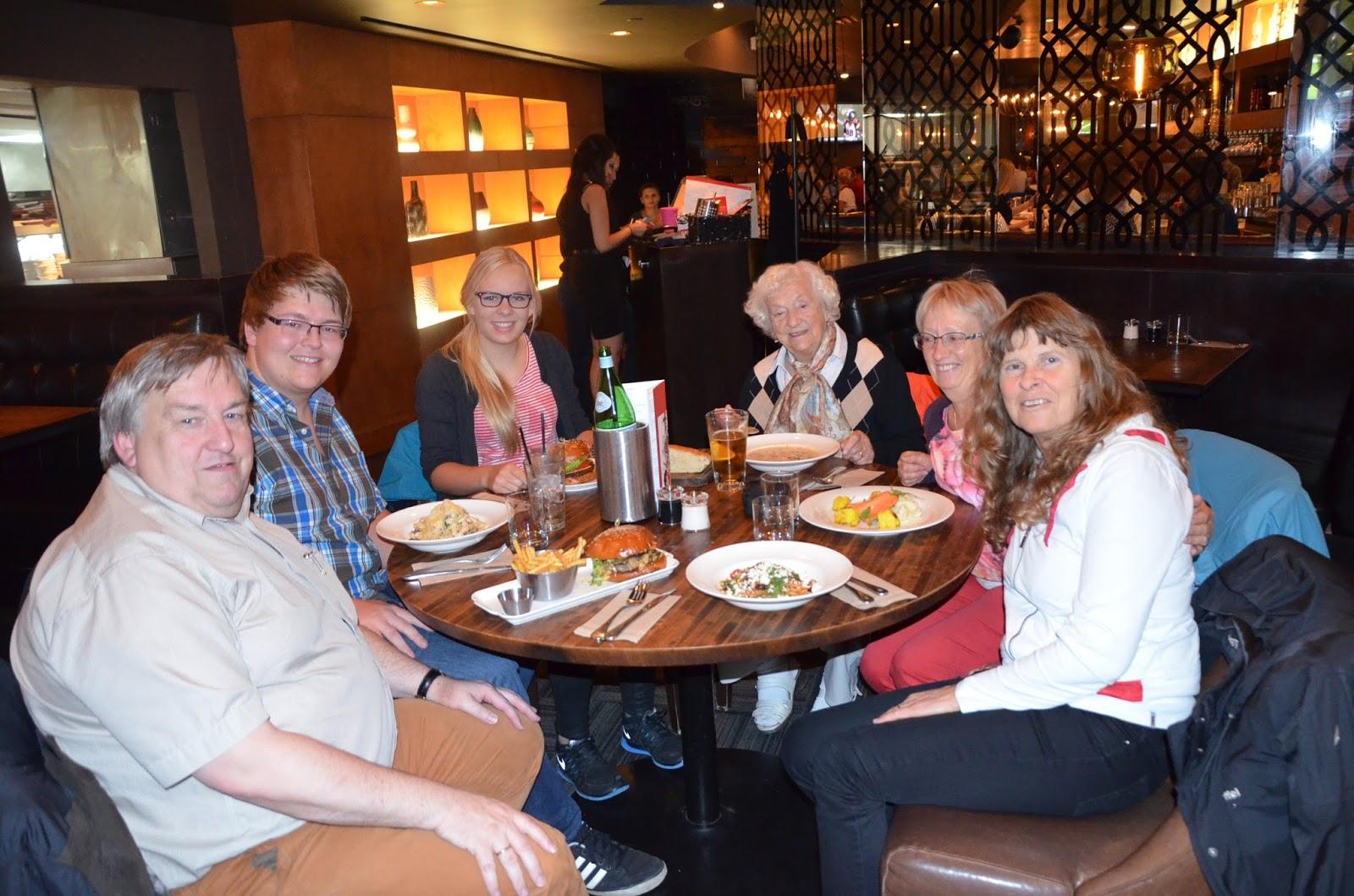 Die Kanada-Bären: Oma on Tour