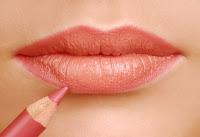 Maquillage physionomie forme lèvres bouche