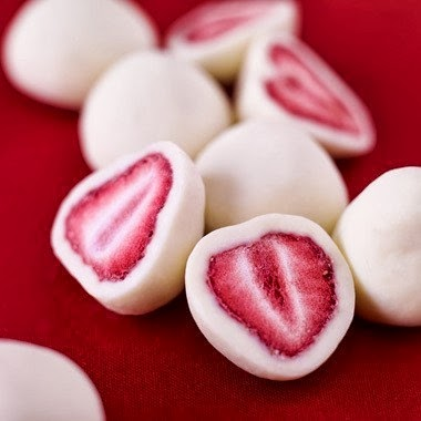 strawberries-Greek-yogurt-freeze