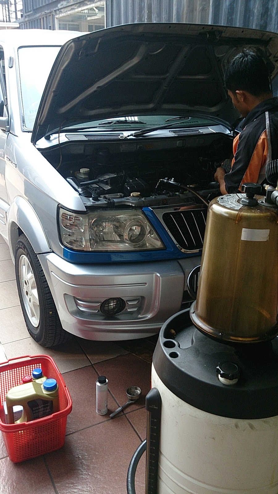 Kumpulan DO IT YOURSELF Otomotif: Tips ... Ganti Oli Mesin Mitsubishi KUDA, sekaligus mencoba ...
