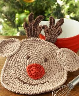 http://www.yarnspirations.com/pattern/crochet/reindeer-dishcloth