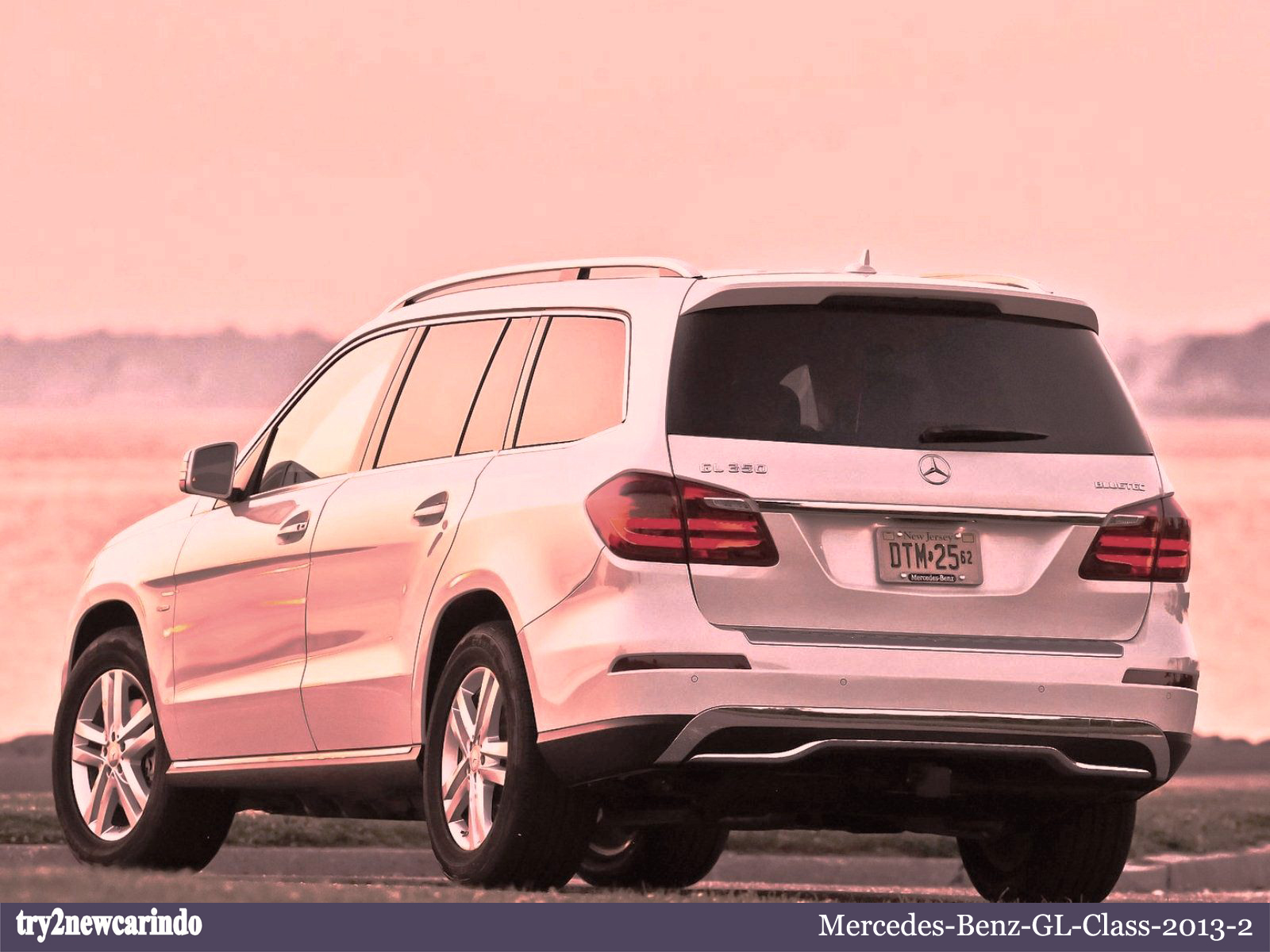 Try2newcarindo 2013 mercedes benz gl class for Mercedes benz gl 2013