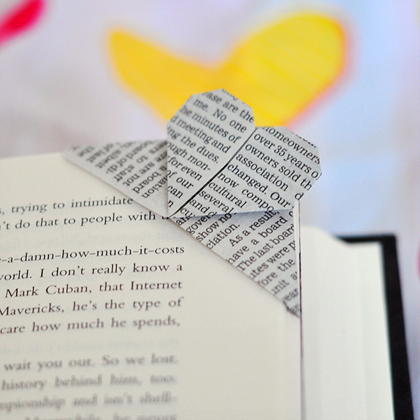 How To Make A Corner Bookmark : The cheese thief book page corner heart origami bookmark