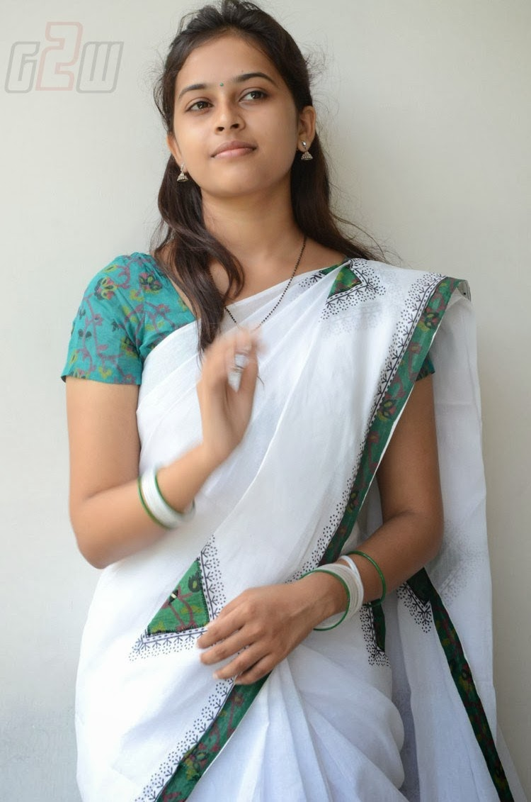 SOUTH ACTRESS SRI DIVYA LATEST PHOTO SHOOT | Gateway to ...