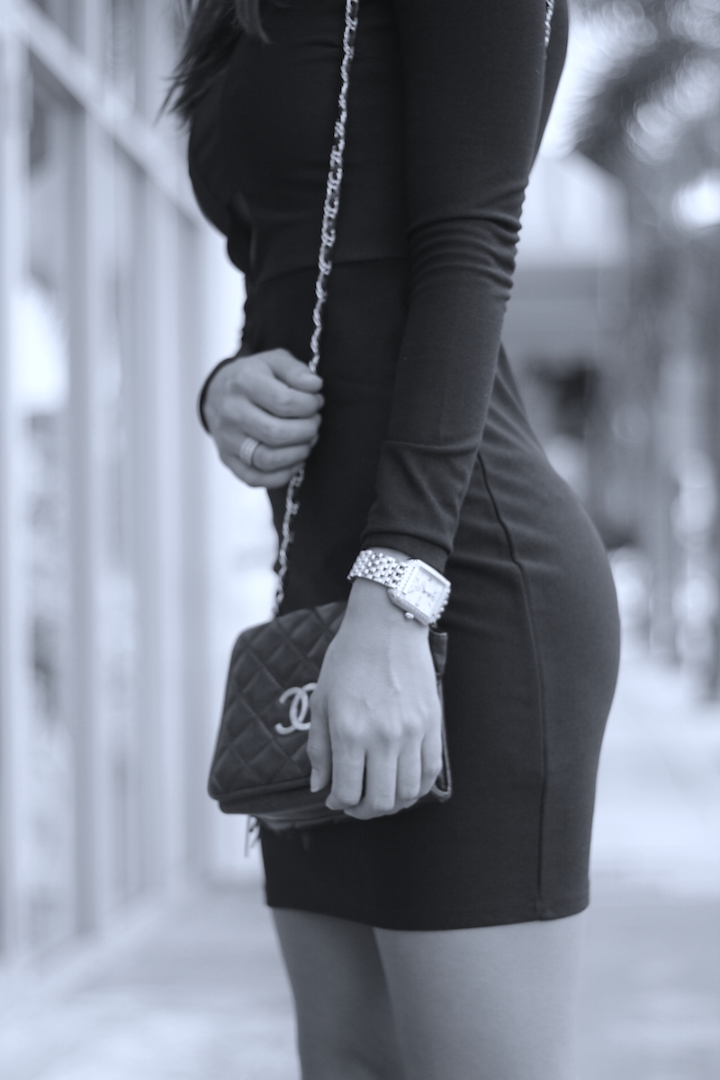 vintage chanel black crossbody