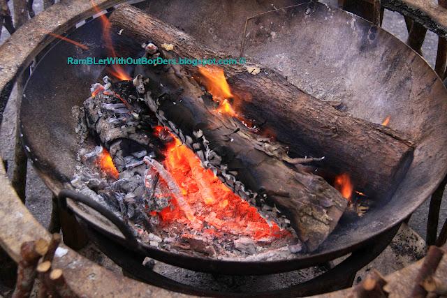 Log fire, Leader Village, Taroko National Park, Taiwan
