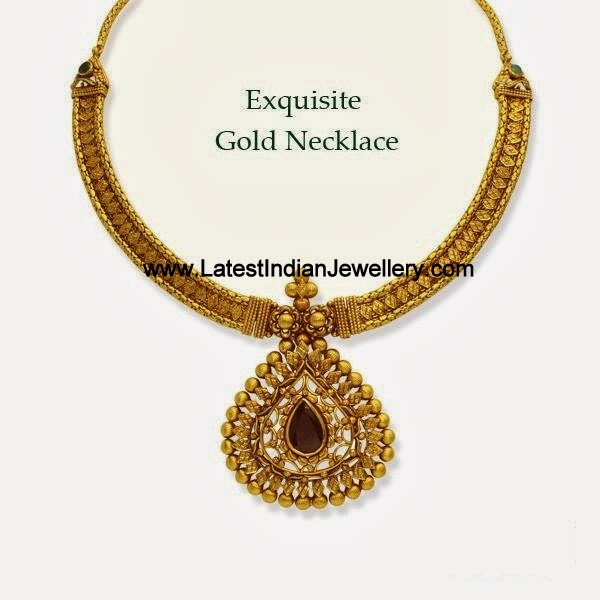 Exquisite Gold Necklace
