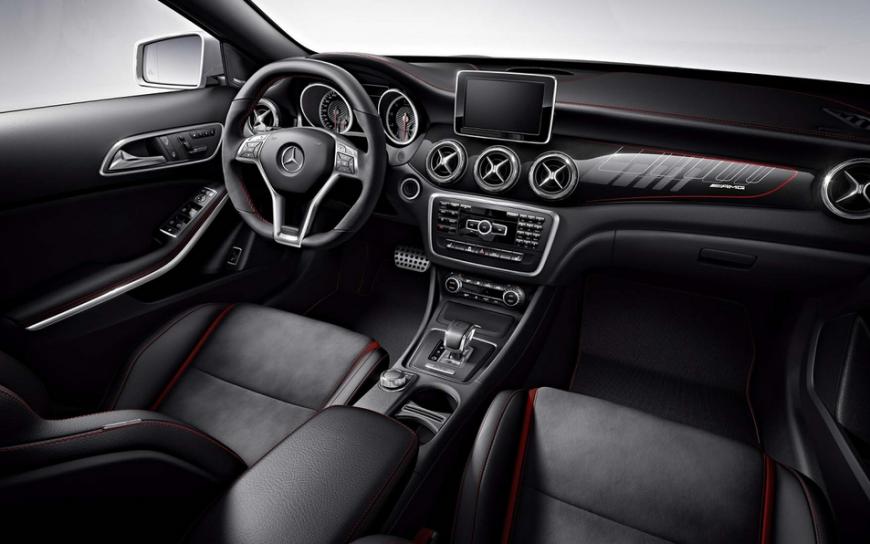 Auto reviews 2015 mercedes benz gla class redesign and for Mercedes benz gla class interior